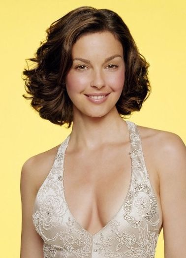 Ashley judd recounts a fall that left her howling like a wild animal and almost cost her leg in a key points: Ashley Judd 19 April 1968 As Ashley Tyler Ciminella In Granada Hills Los Angeles Is An Ashley Judd Celebrity Skin Care Beautiful Actresses