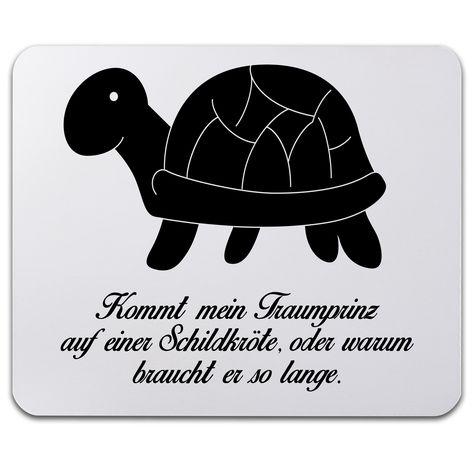 Mauspad Druck Schildkröte seitlich aus Naturkautschuk  ##MATERIALS_COLORNAME## - Das Original von Mr. & Mrs. Panda.  Ein wunderschönes Mouse Pad der Marke Mr. & Mrs. Panda. Alle Motive werden liebevoll gestaltet und in unserer Manufaktur in Norddeutschland per Hand auf die Mouse Pads aufgebracht.    Über unser Motiv Schildkröte seitlich  Unsere süße Schildkröte trottet fröhlich durch die Welt.     Verwendete Materialien  ##MATERIALS_DESCRIPTION##    Über Mr. & Mrs. Panda  Mr. & Mrs. Panda…