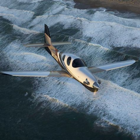 instaplane Beautiful Lancair Evolution by...