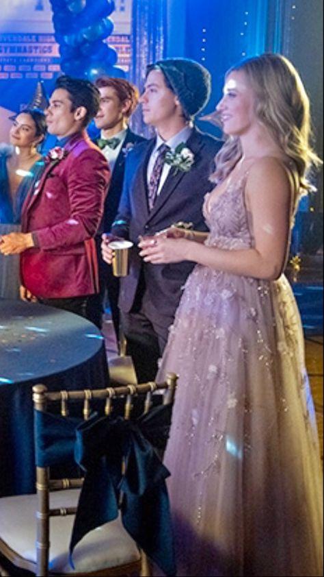 The CW Riverdale Fashion