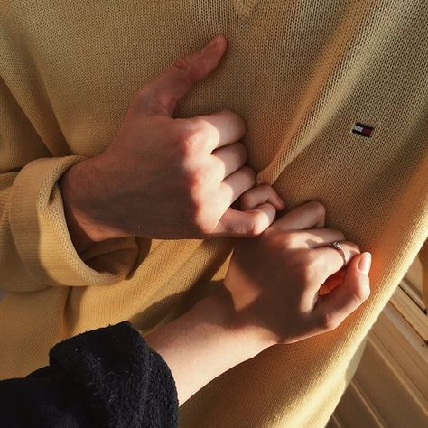heat of touch . love . Love story . hand . arms . yellow . tommyhilfiger . vsco . girl . boy . cute . sweet