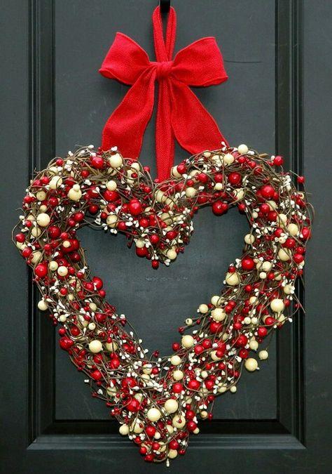 Christmas Heart Wreath.Christmas Heart Christmas Door Red Ribbon Christmas In