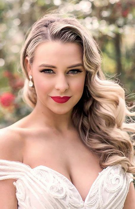 30 Chic Bridal Hairstyles For Your Special Day Vintage Bridal Hair Vintage Hairstyles Wedding Hair Down