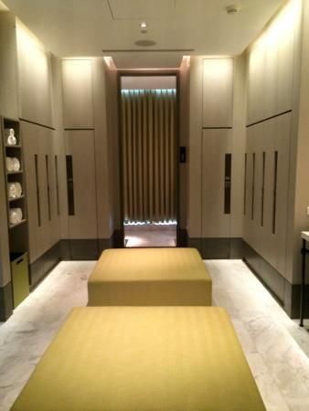 locker room | MOB | Pinterest | Lockers, Room and Spa