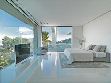 Schlafzimmer Glanz-Boden-Weiß Bett-Wandfarbe Glas Fronten-Balkon