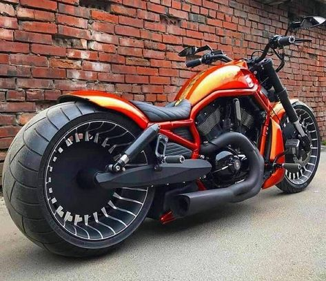 Who said a V-Rod can'be a amazing bike? Look at this customized model. We proved you wrong! Custom Street Bikes, Custom Sport Bikes, Retro Motorcycle, Cruiser Motorcycle, Vintage Motocross, Motorcycle Quotes, Harley Dyna, Harley Bikes, Harley Davidson Fatboy