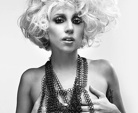 March Lady Gaga was born. She shares a birth date with: comic actor Vince Vaughn (b. country music star Reba McEntire (b. and