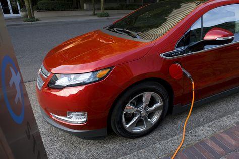 2011 Chevrolet Volt Plug In Hybrid Hatchback Quick Drive