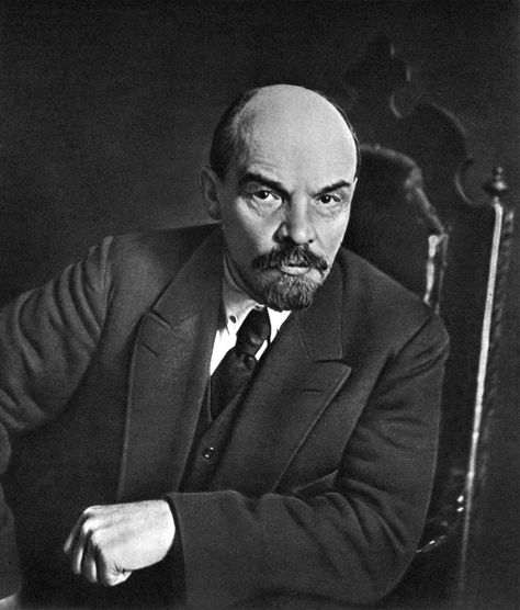 a biography of vladimir ilich lenin the russian leader Vladimir lenin was born vladimir ilich ulyanov on  and new russian leaders debate  vladimir lenin 95 wwibiosmb 7/28/03 10:20 pm page 95.