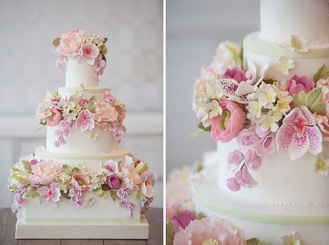Beautiful Floral Wreaths Three-Tiered Cake