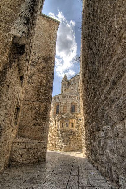 Ciudad vieja de Jerusalén. Al fondo la Iglesia de la Dormición de la Virgen
