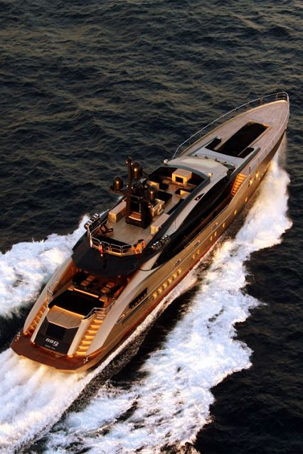 Christian Grey's luxury yacht for a luxurious life with Ana at his side. Yacht Design, Super Yachts, Yachting Club, Cool Boats, Yacht Boat, Water Crafts, Luxury Travel, Luxury Lifestyle, Dream Cars