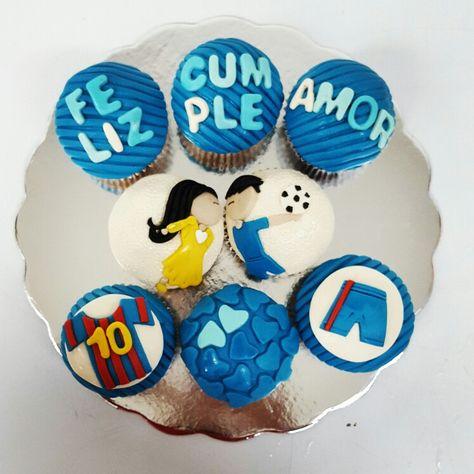 El amor y la pasión por el fútbol lo puede todo.  #cupcakegourmet #cupcake #pzocity #pzo #poz #entusmejoresmomentos #bakery #muffins #igersguayana #felizcumpleaños #happybirthday #soccer #magdalenas #cupcakes #felizcumple #yummy #regalo #sorpresa #regalooriginal