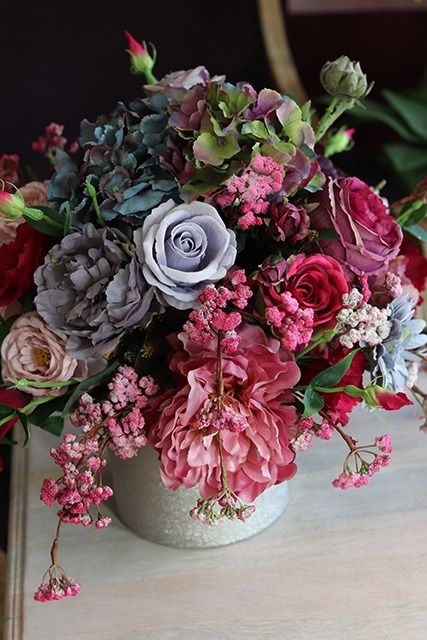 Pin By Nivea Fittipaldi On Silk Flowers Silk Flowers Flower Boxes Flowers