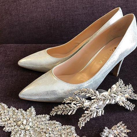 靴とアクセサリー👠👠👑 なかなか決められなかった靴🤔 白に