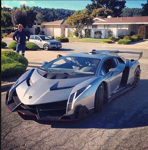 Sportwagen Lamborghini – Italian Speed – Join in the world of pin Sports Cars Lamborghini, Lamborghini Veneno, Cool Sports Cars, Super Sport Cars, Knock Knock Witze, Ferrari, Porsche, Best Luxury Cars, Performance Cars