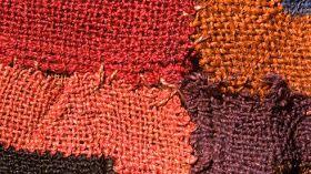 Imagenes Y Textos Selectos Paracas Textiles Ancestrales Del Perú Textiles Disenos De Unas Tejidos