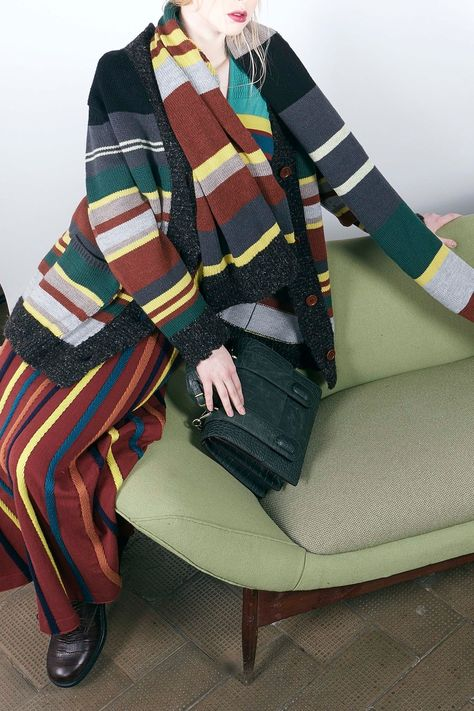 Antonio Marras Pre-Fall 2018 collection, runway looks, beauty, models, and reviews.