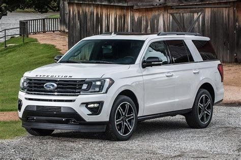 If You Are Looking For 2020 Ford Expedition Images Real Pictures You Ve Come To The Right Place We Have 34 Images About 2 In 2020 Ford Expedition Ford Suv Ford Trucks