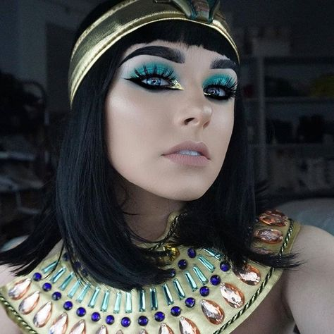"""Arison Lashes • Fake Eyelashes en Instagram: """"Cleopatra Makeup by 📷@amandalouiseyt using Arison Lashes~ Stunning~ Tutorial in Amanda's youtube channel~ . Last day to vote for your fav…"""""""