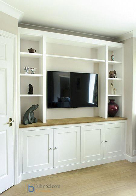 Modern Built In Tv Media Unit In Shaker Design Livingroomfurniturefortv Ev Dekorasyonu Modern Evler