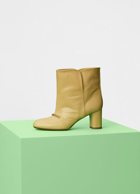Glove Bootie Stretch Bootie 90 in Nappa Lambskin - Céline   shoes    Pinterest   Celine, Shoes and Boots c01aae6ae53c