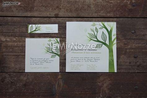 http://www.lemienozze.it/operatori-matrimonio/partecipazioni_e_tableau/partecipazioni-di-nozze/media/foto/20  Partecipazioni di matrimonio con disegni di alberi