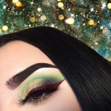 Poison Ivy - The Spring Beauty Trend We're Absolutely Living For - Photos