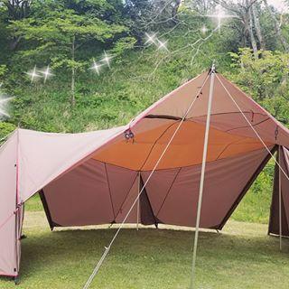 画像に含まれている可能性があるもの 空 屋外 自然 Outdoor Outdoor Gear Tent