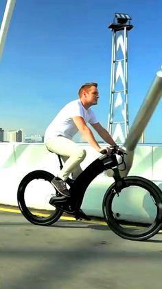Reevo Hubless Bike | A Futuristic-Looking E-Bikes With Spokeless Wheel Technology! | TheSuperBOO!