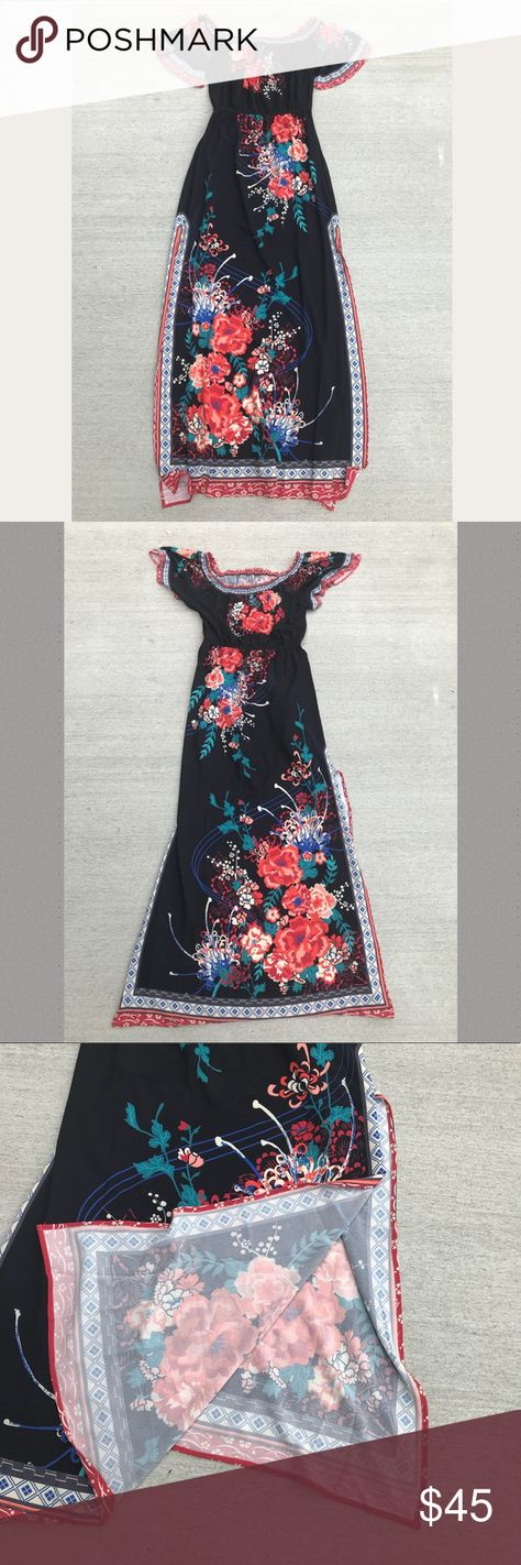 5526ff90a0d Flying Tomato Floral Maxi Dress Off Shoulder Flying Tomato Floral Maxi Dress  •Off Shoulder •slit on the side Size  Medium New With Tag •last photo shows  the ...