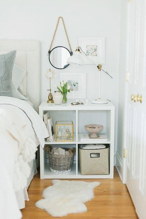 Small Bedroom Furniture Ideas That Are Big in Style - Page 18 of 58 - My Lovely Home Design Room Ideas Bedroom, Bedroom Makeover, Organization Bedroom, Bedroom Storage, Home Decor, Room Inspiration, Apartment Decor, Small Bedroom, High Gloss White Shelves