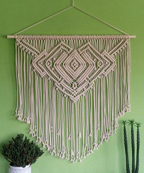 Large macrame wall hanging 'NECKLACE', geometric pattern, boho decor, bedroom…