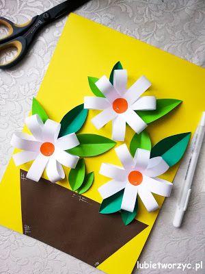 Kwiaty Z Papierowych Paskow Praca Plastyczna Tween Crafts Rock Crafts Crafts