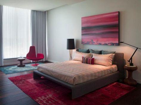 Schlafzimmer-rote-Akzente-roter-hochwertiger-schlafzimmer-teppich - teppich im schlafzimmer