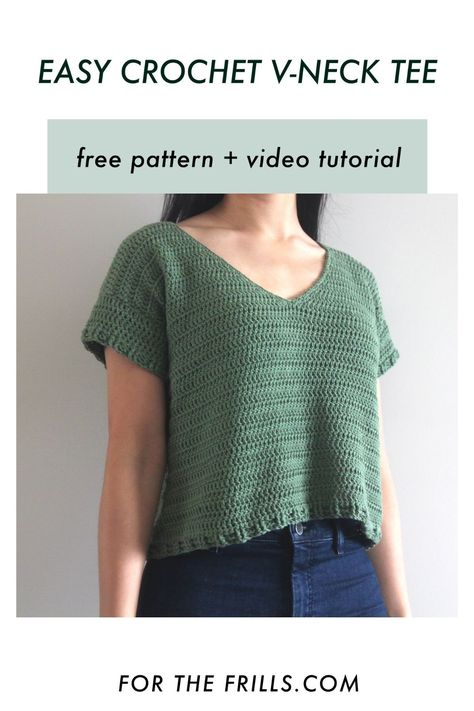 This cotton v-neck crochet tee is perfect for summer! Free crochet pattern has a video tutorial and ranges from size XS - 3XL #freecrochet #summercrochet #croptop #crochettop #summertee #crafts
