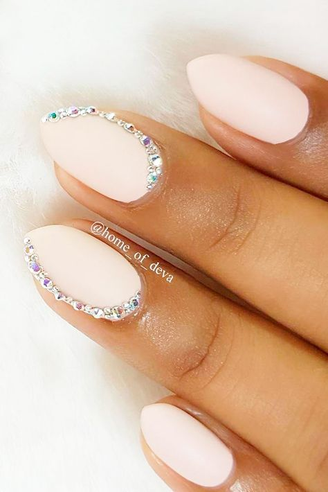 24 Exquisite Ideas of Wedding Nails for Elegant Brides Wedding nails: it is very easy to get lost when it comes to them. The amount of trends to pick out from for this special day is enormous. Hoping to make this hell more bearable, we compiled a collection of ideas that includes trends and elegancy.http://glaminati.com/wedding-nails-ideas/