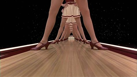 47 Beautiful Movie Shots With Satisfying Symmetry