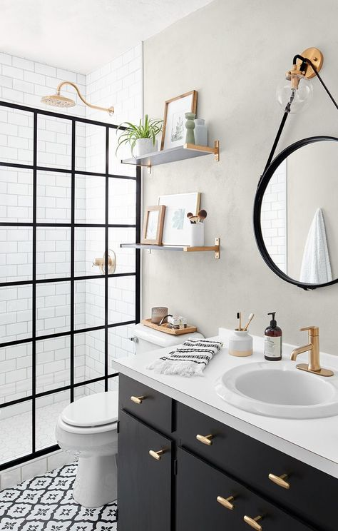 This Small Bath Makeover Blends Budget-Friendly DIYs and High-End Finishes This DIY bathroom remodel features a doorless shower, redone tile, and a gorgeous black and white theme. Ideas Baños, Decor Ideas, Tile Ideas, Black White Bathrooms, White Bathroom Decor, Bathroom Counter Decor, Modern White Bathroom, Bathroom Renos, Decoration For Bathroom
