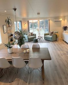 This Ultra Cozy And Warm Nordic Home Of Berge Elisabeth Natural Materials Such As Hardwood Floors Add A T In 2020 Home Interior Design House Interior Interior Design