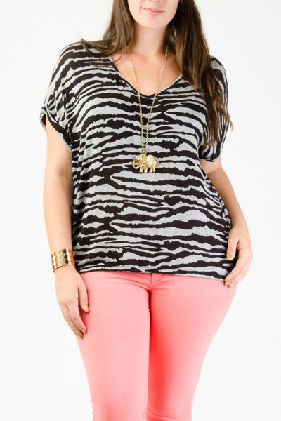 aff1327e3955cb Plus Size Tops - Trendy and stylish tops for the curvy style.