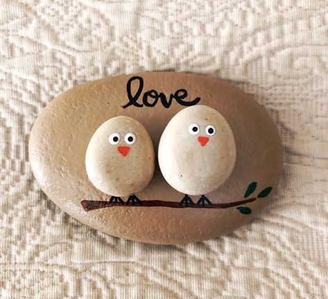 Lovebirds Pebble Art Painted Rock Pebble Art with Birds Love Birds on a Branch Gift for Spouse or Partner Anniversary Gift Wedding Gift Painted Rocks Craft, Hand Painted Rocks, Painted Pebbles, Crafts With Rocks, Pebble Painting, Stone Painting, Painting Art, Fun Crafts, Arts And Crafts