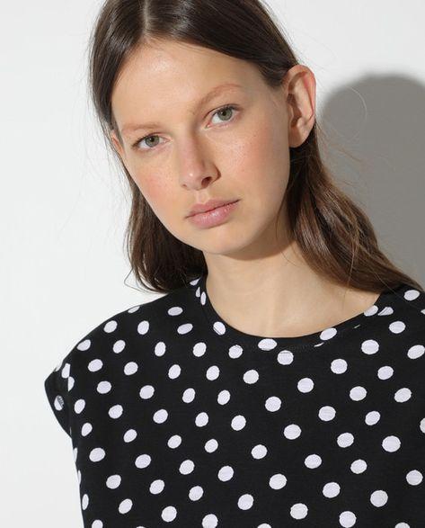 Camiseta de mujer corta y sin mangas