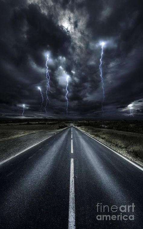 Science Discover This weather inspires me because it is amazing how lightning looks in the sky during night time. All Nature Amazing Nature Beautiful Sky Beautiful World Images Cools Cool Pictures Cool Photos Wild Weather Storm Clouds All Nature, Amazing Nature, Science Nature, Cool Pictures, Cool Photos, Beautiful Pictures, Images Cools, Wild Weather, Weather Storm