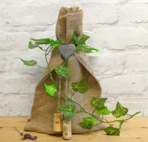 Rustic Ivy Decorated Bottle Bag, Hessian Bags, Burlap Wine Bag, Wine Bottle Gift Bag, Bottle Bag, Wine Bottle Covers, Wine Gifts, Gift Bags