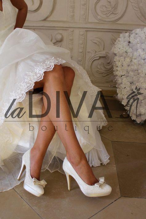 MENBUR~Pumps Echte Stickerei Schleife Brautschuhe 37 Ivory Satin Hochzeitsschuhe