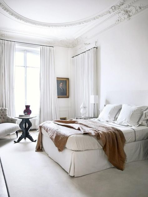 White Parisian Bedroom With Airy Curtains - Innenarchitektur Home Bedroom, Bedroom Interior, Parisian Decor, Parisian Bedroom Decor, Bedroom Design, Bedroom Decor, Home Decor, Parisian Apartment Decor, Apartment Decor