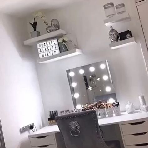 Our Hollywood Mirrors are perfect for home use but also for hairstylists and make up artists such as @rachelbissettmakeup 🤩 | Makeup Mirror with Lights | Dressing Table Mirror with Lights | Vanity Mirror with Lights | Illuminated Makeup Mirror | Light Up Makeup Mirror | Hollywood Mirrors #hollywood #hollywoodmirror #hollywoodmirrors #dressingtable #dressingroom #vanitygoals #vanitymirror #mua #makeup #makeuptips #makeupartist #makeupmirror #beauty #beautytip #beautyblogger #mirror