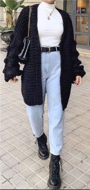 20 Cute Winter Outfit Ideas for Teenagers #teenoutfits #womenoutfits #womenwinteroutfits