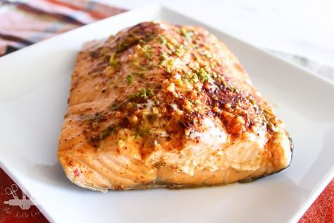 Marinaded with a chili lime sauce, wrapped in foil and baked to tender, flaky perfection, chili lime salmon is sure to be a hit with any family member. #salmonrecipes #salmon #dinner #recipes #dinnerrecipes #easydinner #easyrecipe #chililimesalmon #bakedsalmon